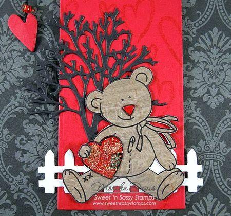 ValentineCrittersBearBookmarkcloseup2