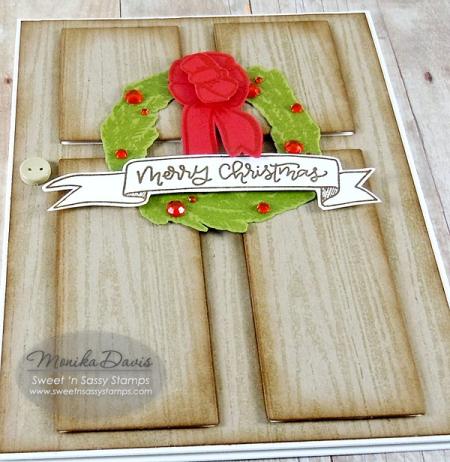 ChristmasWreathDoorcloseup